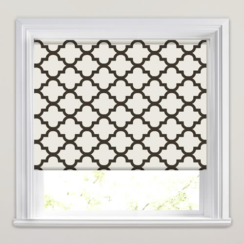 Luxurious Traditional Black Amp White Patterned Roller Blinds