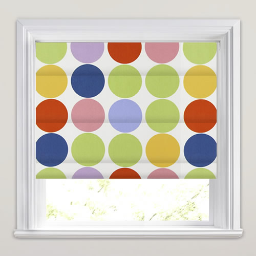 Spot on Neapolitan Roman Blind